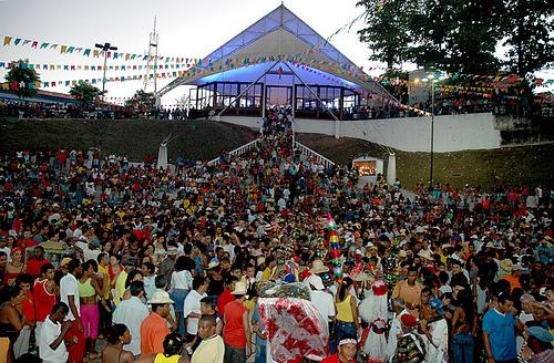 Capela de São Pedro recebe milhares de devotos e brincantes todos os anos