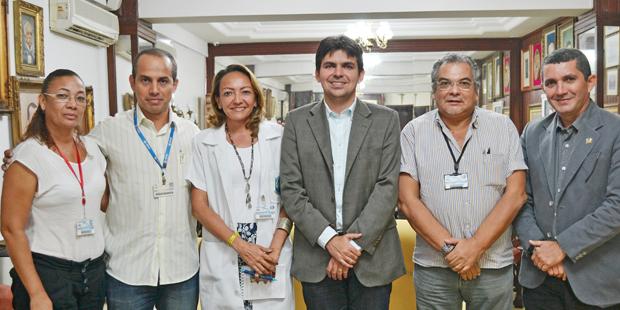 Secretário de Meio Ambiente, Victor Mendes, reitor Marcos Barros e gestores da Sema e do Ceuma
