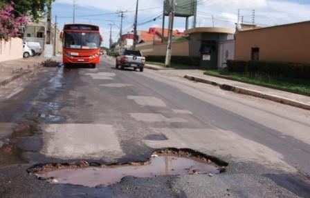 Tráfego na Rua do Aririzal, que sempre foi de mão dupla, fluirá em um só sentido