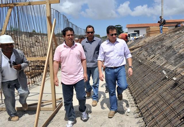 Prefeito Edivaldo durante vistoria das obras do canal Cohab-Cohatrac, que beneficiará 200 mil moradores da Cohab, Cohatrac e Maiobinha