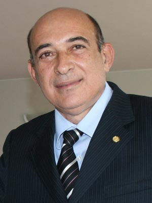Prefeito Ribamar Alves foi preso acusado de estuprar adolescente