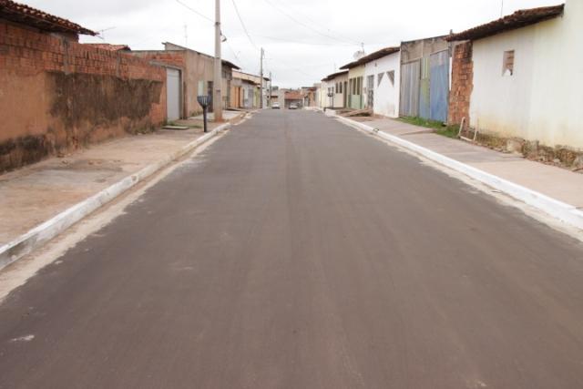 Uma das ruas do conjunto Maiobão que foi totalmente recuperada pela prefeitura