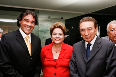 Dilma Rousseff entre Lobão Filho e o ministro Edison Lobão