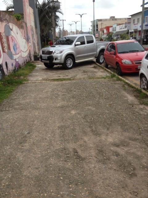 hilux calçada