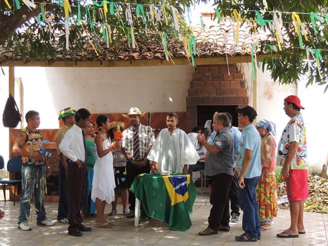 Internos do CAPS encenam peça teatral durante a festa junina promovida pela Prefeitura de Paço do Lumiar