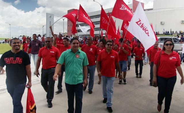 O candidato a deputado estadual Zé Inácio (PT) é conclamado por várias lideranças