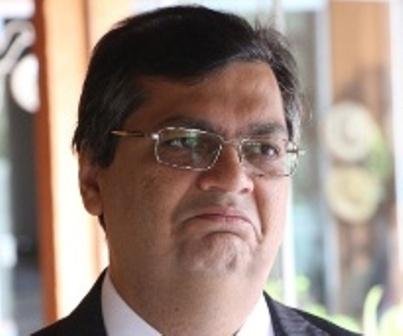Flávio Dino mantém liderança, apesar da má cobduta