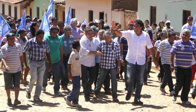 Lobão Filho garantiu, em Loreto, a universalização de água tratada e de qualidade para todos maranhenses