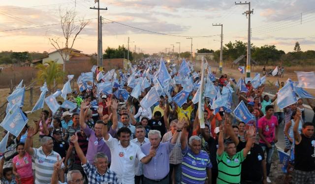 Caravana de Lobão Filho reuniu multidão em Sambaíba, no maior ato político da história da cidade