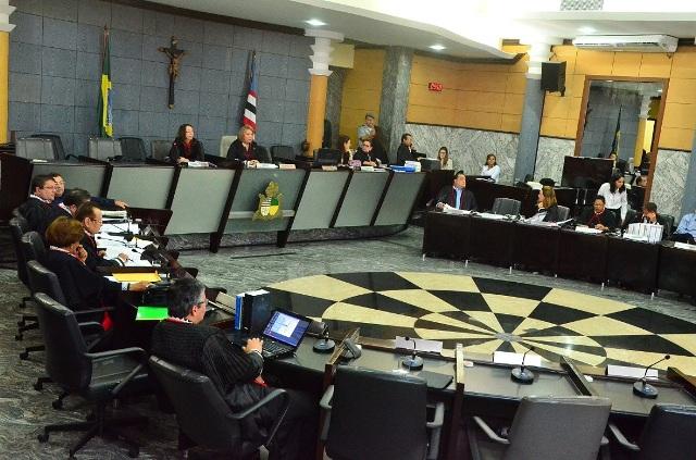 Resolução restringe acesso ao interior das secretarias e gabinetes, mediante prévia autorização