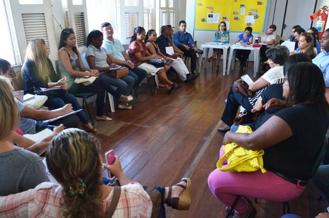 Gestores escolares do Polo Coroadinho participam de uma das reuniões promovidas pela Semed