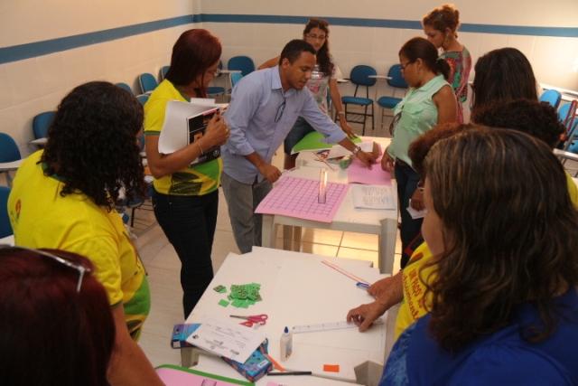Workshop envolveu 172 professores e 19 coordenadores pedagógicos para aperfeiçoar prática pedagógica