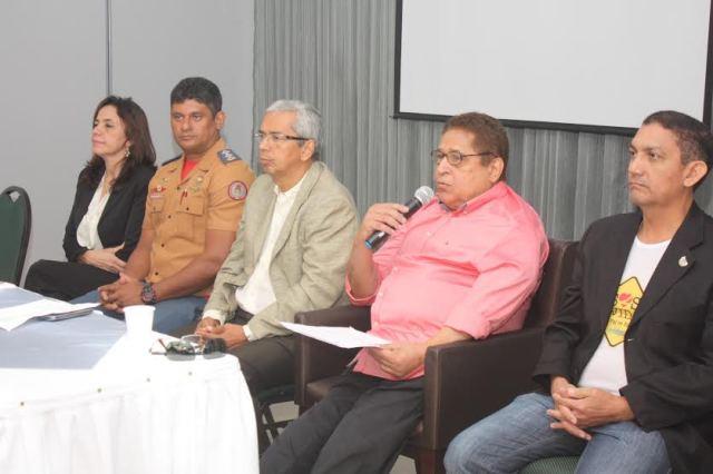 Primeiro dia do evento contou com seminário e palestra sobre medidas para segurança no trânsito
