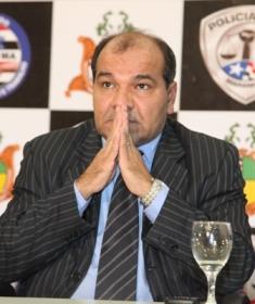 Uchoa não suportou a pressão do cargo