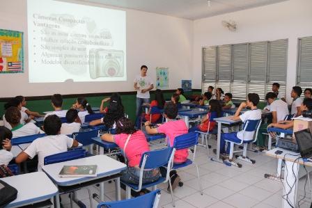 Estudantes de Paço do Lumiar participam de oficina de fotografia