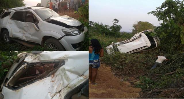 Carro da prefeita Cristiane Damião capotou e caiu em ribanceira