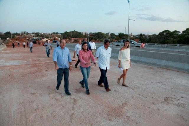Governadora Roseana e comitiva vistoriam obras da Via Expressa