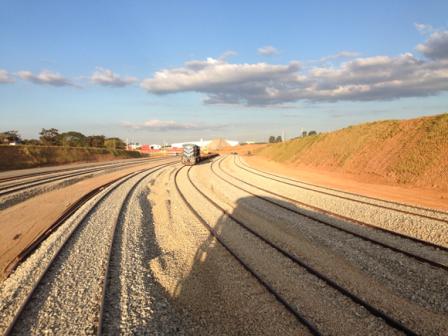 Trecho da ferrovia que liga Açailândia, no Maranhão, a Barcarna, no Pará