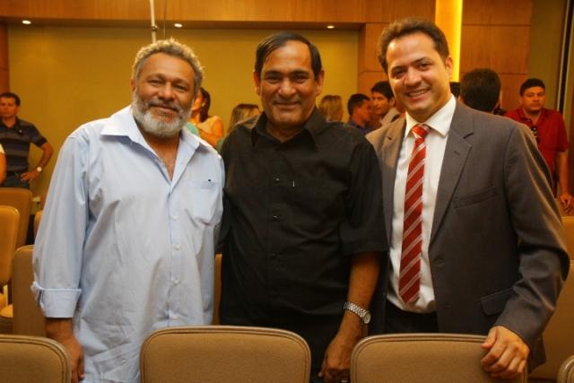Prefeito Josemar Sobreiro com o presidente da Câmara de Paço do Lumiar, Leonardo Bruno