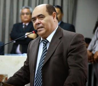 Astro de Ogum substituirá Isaías Pereirinha (PSL), que encerra um ciclo de cinco mandatos presidenciais consecutivos