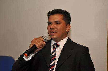 Novo presidente do CREA-MA, Cleudson Campos de Anchieta, tomou em plenária