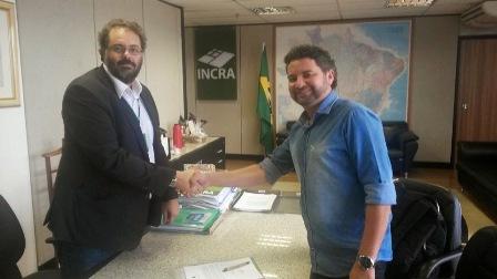 Presidente nacional do Incra, Carlos Guedes, deu posse a Jowberth, em Brasília
