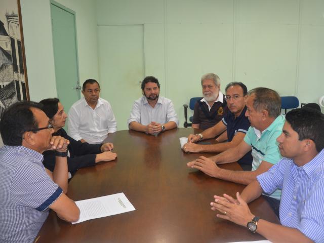Superintendente do Incra, Jowberth Alves, se reuniu com prefeitos de municípios que receberão obras