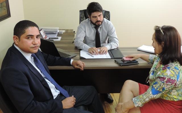 Deputado Zé Inácio e prefeita Ducilene Belezinha pediram ao presidente da Caema retomada de obra em Barragem