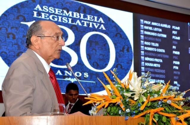 Buzar relembrou principais fatos históricos que marcaram os 180 anos da Assembleia Legislativa