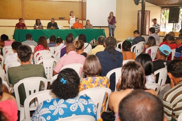 Encontro reuniu produtores, pescadores, merendeiros, gestores de escolas, povos de matriz africana, entidades consumidoras do PAA e da CONAB