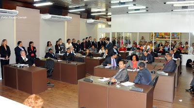 Plenário do Legislativo municipal ficou lotado para a votação