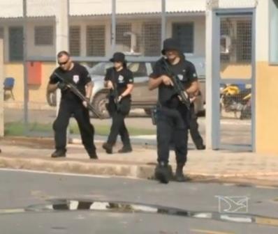 Fortemente armados, policiais tentaram intimidar equipe da TV Mirante