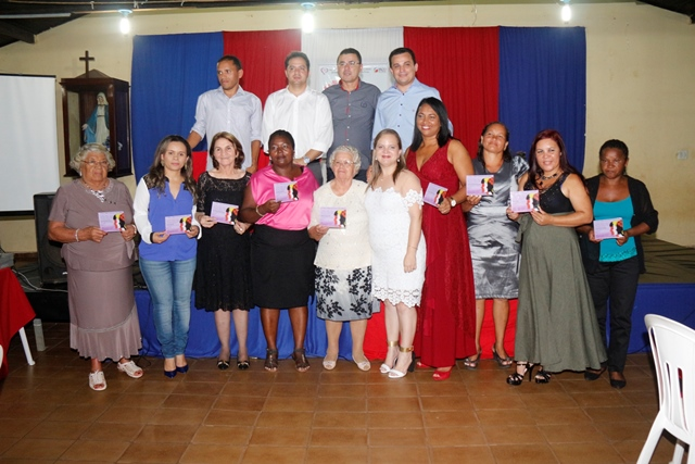 Homenagem ocorreu na segunda edição do Baile de Gala das Mulheres Luminenses