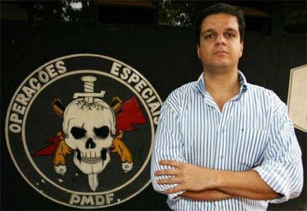 Rodrigo Pimentel, criador do sucesso Tropa de Elite, proferirá palestra no Shopping da Ilha