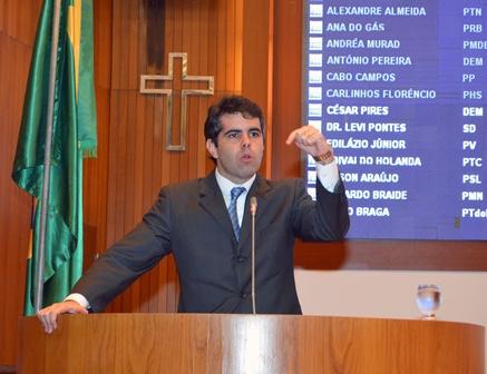 Adriano pediu demissão de Jefferson Portela após secretário insultá-lo em redes sociais