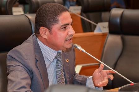 Zé Inácio fez indicações aos poderes Executivo, Legislativo e Judiciário visando à solução de conflitos agrários