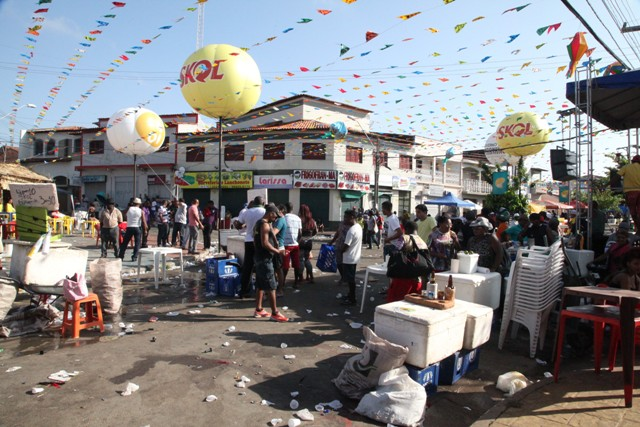 Sem aparato policial condizente com a grande da festa, Festiva de Bois de Zabumba do Monte Castelo virou palco de tragédias anunciadas (Foto: De Jesus/O Estado)
