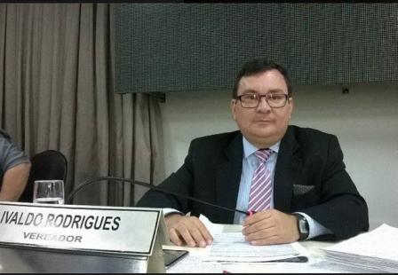Vereador Ivaldo Rodrigues pede à prefeitura asfalto para o bairro São Bernardo