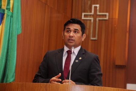 Wellington convidou demais deputados a participar da III Reunião do Parlamento Amazônico, dia 22 de outubro, na Alema
