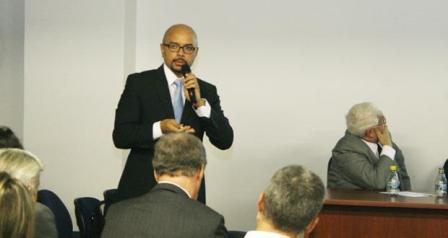 Josélio profere palestra sobre Manual de Investigação de Desvio de Recursos Públicos