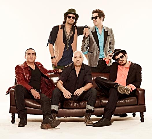 Quinteto mineiro surgiu no início da década de 90 e se moldou na mistura de pop com black music e rock