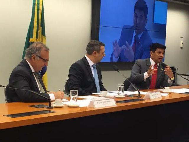 Wellington relatou à CPI a situação de abandono de mais de 15 mil animais em São Luís com a desativação do Centro de Controle de Zoonoses