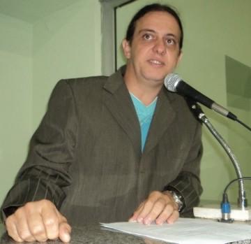 Vereador Fábio Gentil lidera com folga intenções de voto para prefeito de Caxias, segundo nova pesquisa