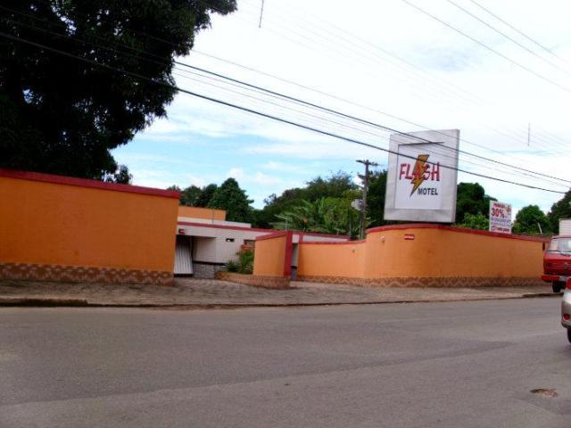Mulheres foram abandonadas dormindo em suíte do Flash Motel, na Rua do Aririzal