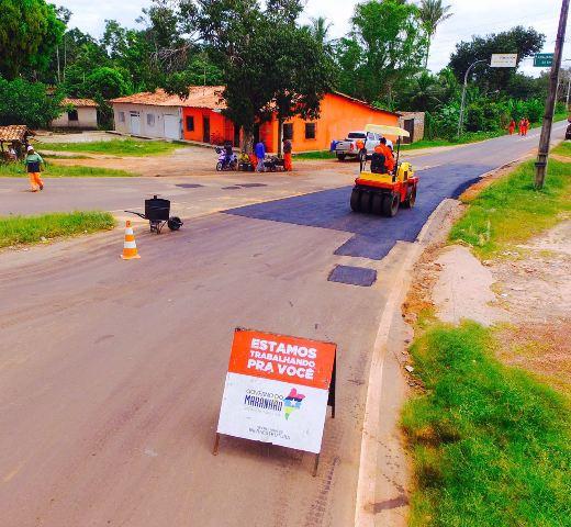 Estrada de acesso a Anajatuba está sendo recapeada por solicitação do prefeito Sydnei