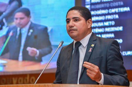 Zé Inácio acusou manobras feitas por políticos envolvidos para driblar as investigações contra a corrupção
