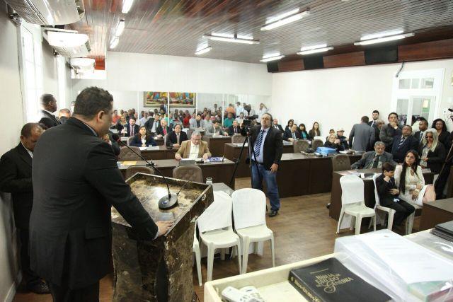 Carioca foi empossado vereador com cassação de Beto Castro por uso de documento falso na campanha