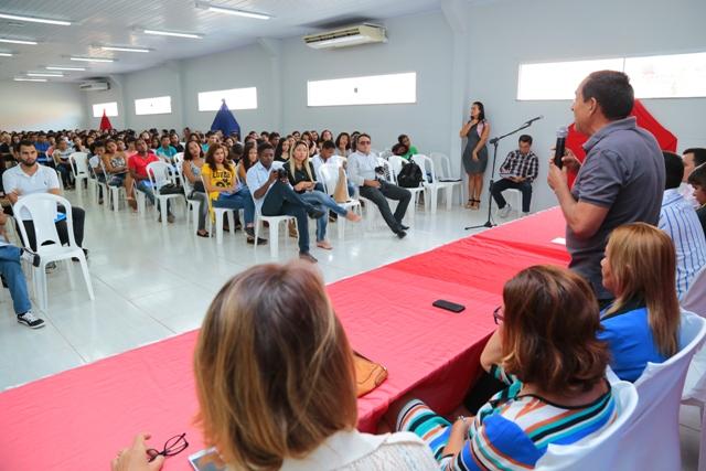 Prefeito Josemar fala aos estudantes sobre a importância dos cursos, que proporcionarão um grande salto na educação de Paço do Lumiar