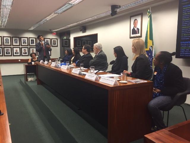 Wellington abordar questões em defesa de autistas durante audiência em Brasília