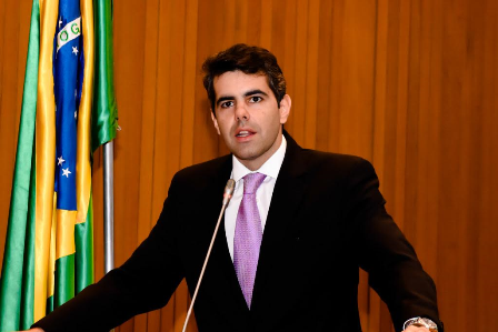 Em audiência com a diretoria do BNDES, em Brasília, Adriano obteve informações atualizadas sobre projetos e obras no Maranhão financiados ao Governo do Estado